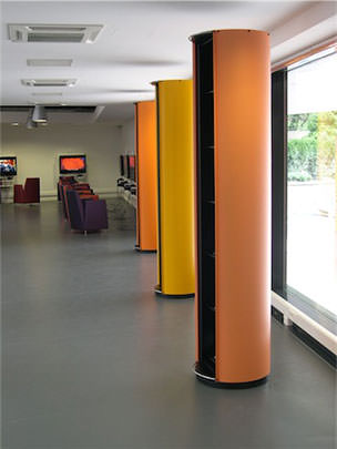 Bibliothèque Epinal-Golbey - Totems support communication